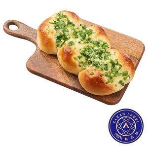 Classic Triple Scallion Bread