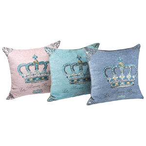 Hone crown pillow